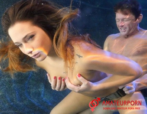 Jaye Summers Sex Under Water With Beautiful Girl