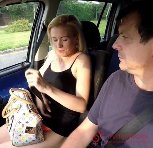 Amateur Sex In The Car With Prostitute Spy Cam