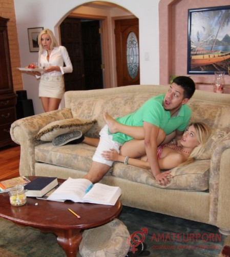 Natalia Starr And Nina Elle Stepmother Caught Her Stepdaughter With A Boyfriend