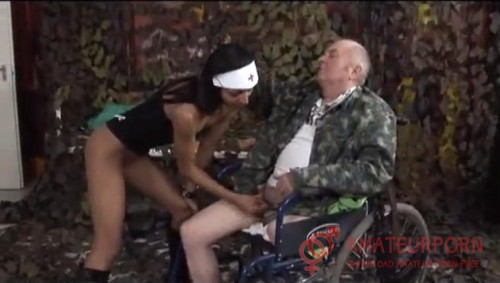 Amateur Handicap Sex In Wheelchair