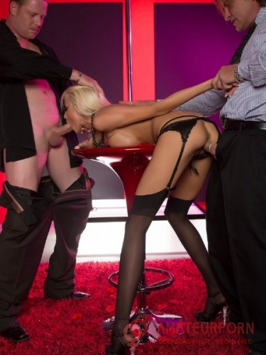 Rikki Six Sex With Beautiful Stripper In Stockings