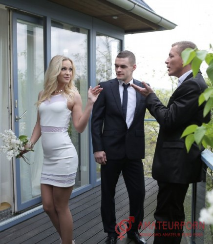 Vinna Reed Housewife Gets Dp With Husband And His Friend