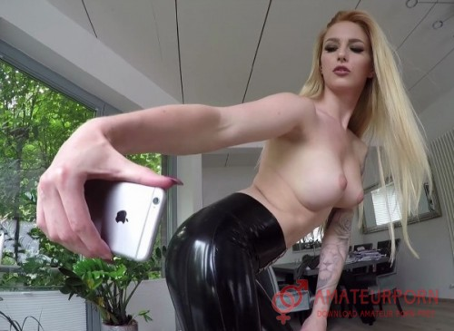 Lucy Cat German Girl In Latex Fuck