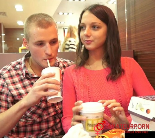 Foxy Di Sex Atfter First Date In McDonalds