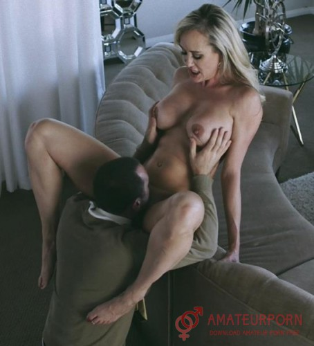 Brandi Love Fuck With Neighbour Wife