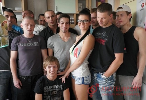 Emylia Argan Gang Bang Orgy With One Wooman In Glasses