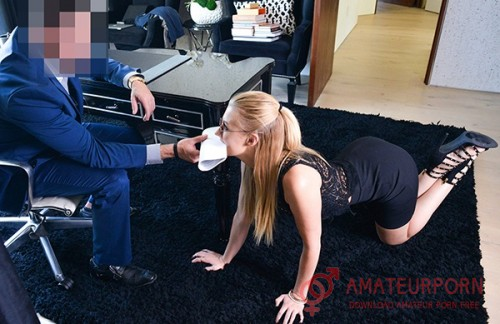 Alexa Grace Hot Secretary Submissive