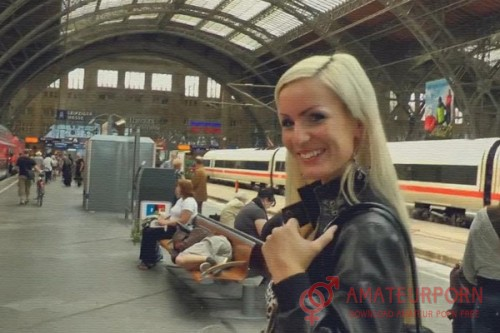 Amy Starr Public Anal Sex At The Train