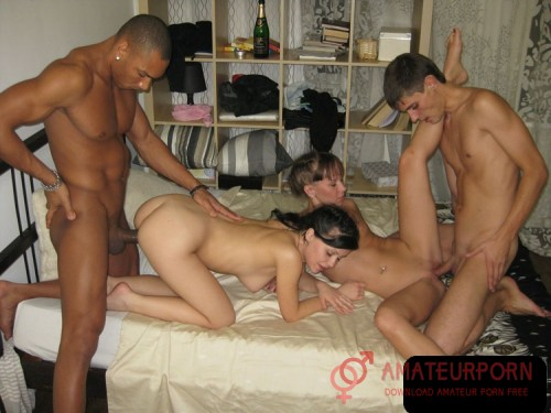 Amateur Black and White Guys Fuck Teens