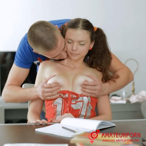 Margariata C Sex With a Beautiful Student Girl