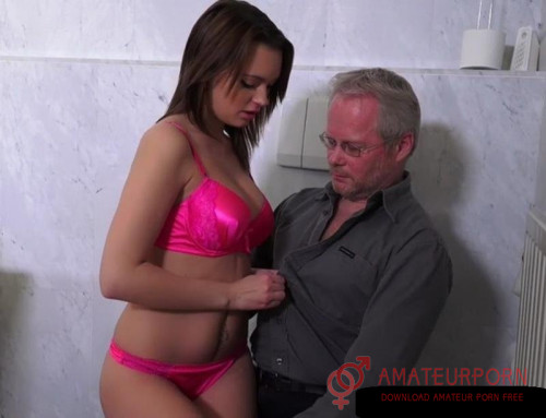 Emily Thorne Old Man Fucked Hot Babe