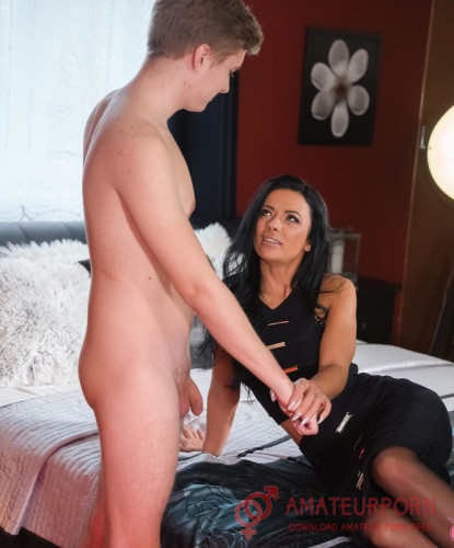 Shalina Devine Lonely Milf Fuck Young Boy