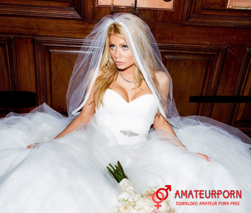 Riley Steele Hot Bride Fuck With BBC