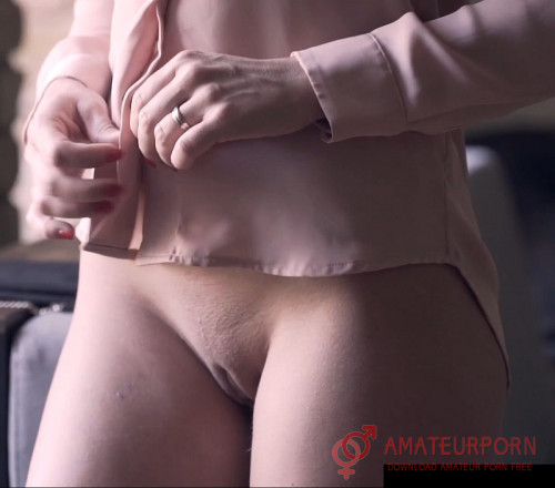 Little Caprice Sex Without Panties